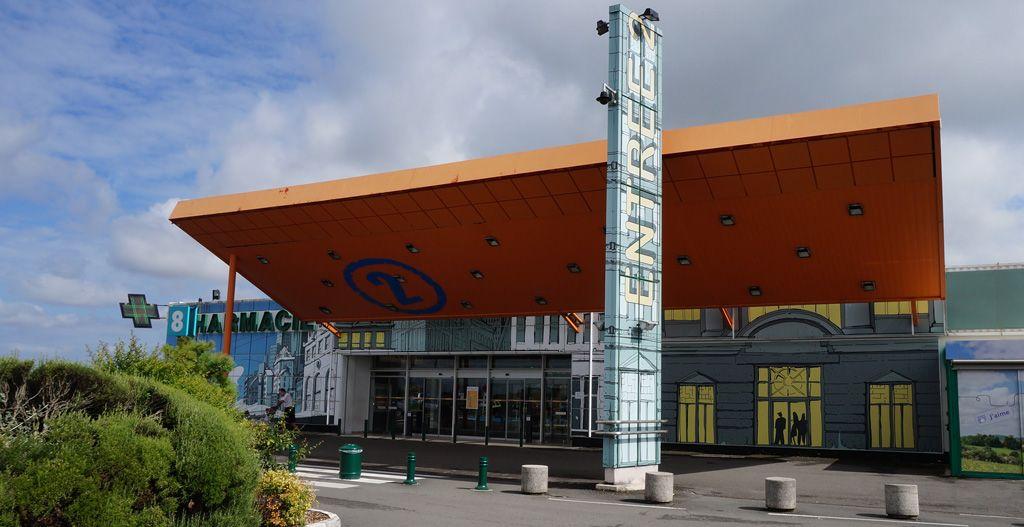 Centre Commercial Géant Casino - Zone Commerciale les Montagnes - Angoulême Nord