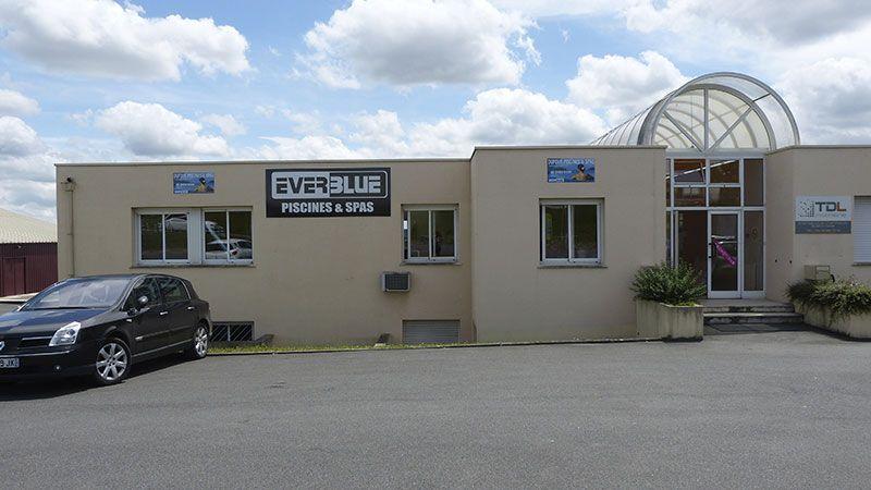 EverBlue - Piscines et Spas - Zone Commerciale les Montagnes - Angoulême Nord